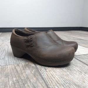 Dansko Stacie Clogs Brown Oiled Leather